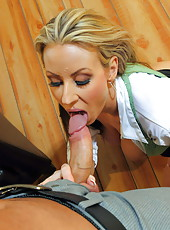 Fantastic blonde milf Carolyn Reese is too provocative for that horny boyfriend