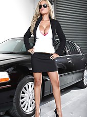 Sumptuous and luxury taxi service with big titted and glamorous driver - Bridgette B
