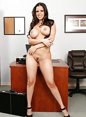 Busty brunette milf Diamond Kitty needs real action to get voluptuous orgasms