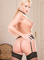 Beautiful and sexy blonde babe Cindy Dollar spreads her legs and masturbates