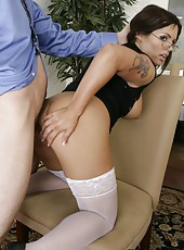 Crazy fuck with a horny brunette milf Jasmeen Lefleur in the office