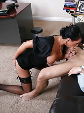 Hardcore fuck with a passionate brunette milf Hailey Star in the office
