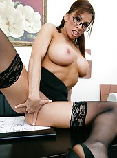 Horny milf Devon Michaels plays with her naughty pussy and gets pleasure
