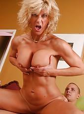 Mature blonde hottie TJ Powers fucking hardcore with her neighbourhood lover