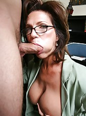 Horny mature woman with huge breast Deauxma fucked by young programmer