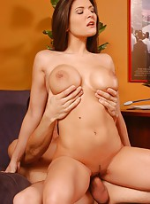 Hot milf with charming big tits Austin Kincaid fucked by young computer master