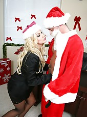 Hot Christmas with fantastic milf Brittany Andrews fucked by bad Santa