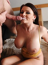 Snazzy babe Sophie Dee making a deepthroat and eating delicious cum