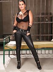 European flapper Jasmine Black stripping and masturbating hard in jail