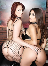 Staggering milf Jynx Maze playing with her hot lesbian friend Nicki Hunter