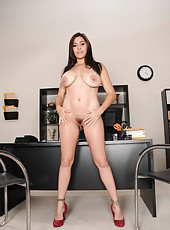 Attractive milf Raylene taking off lingerie and spreading delicious pussy