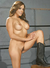 Sympathetic babe Francesca Le posing in hot lingerie and fingering like a slut