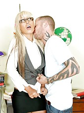 Crazy blonde Bridgette B wants anal sex and makes a blowjob for that