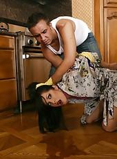 Cute housewife Chelsea Rae enjoying her neighbor