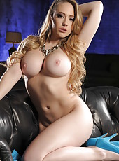 Nasty and pretty blonde babe Kagney Linn Karter plays with her pussy