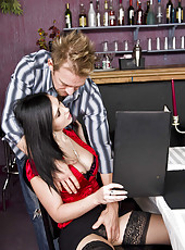 Romantic evening in the restaurant with busty Angell Summers turns into hardcore fuck