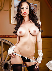 Astounding brunette Brandy Aniston celebrating 4 July with her big tits and wet pussy