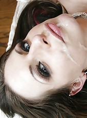 Irresistable milf with big boobs Rachel RoXXX got jizz on her gentle plump lips
