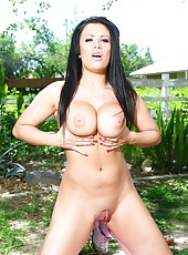 Black haired milf Jordan Jagger proves us that her big tits and amazing in the outdoor scene