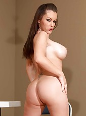 Busty dark haired bitch Jenna Presley takes off her sexy dress and masturbates