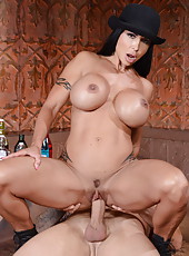 Hardcore action in which fabulous babe Jewels Jade gives a crazy blowjob