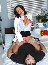 Awesome and hardcore fuck with a passionate minx Veronica Avluv