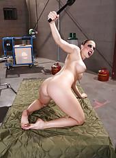 Hardcore milf Rachel RoXXX spreads her sweet butt in the military hospital