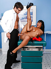 Latina milf Leilani Leeane came at the doctor and got hardcore anal drilling