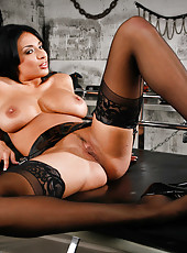 Brunette bombshell Anissa Kate is always ready to make us wild with her forms