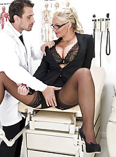 Curvy milf with big tits Phoenix Marie gets her asshole stretched by doctor