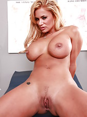Crazy hot milf with wild dreams Shyla Stylez waits for a doctor for a pleasant treatment
