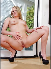 Blonde Heather Starlet facialized intense after hardcore fucking action