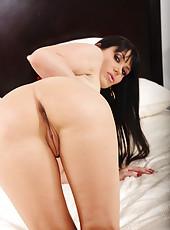 Huge boobs of a busty MILF Eva Karera will definitely give you a boner