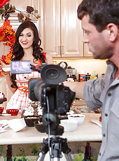 Super hot housewife with big tits Kendall Karson gets fucked on the kitchen