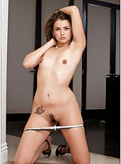 All natural hottie Allie Haze gets her trimmed pussy licked and banged