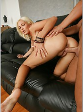Appealing blonde Jenny Hendrix poses naked and fucks till delicious facial