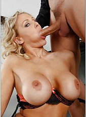 Horny blonde milf Julia Ann spreads her sexy legs for a hardcore and wild fuck