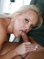 Divine chick Alexis Golden making a blowjob and getting pounded hard