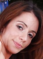 Winning pornstar Ariella Ferrera banging with her neighbor outdoors