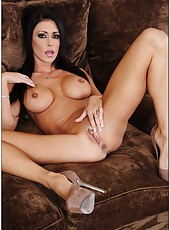 Brave pornstar Jessica Jaymes loves posing naked and showing hot forms