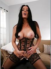 Giggly hooker Vanilla Deville posing in hot lingerie and masturbating