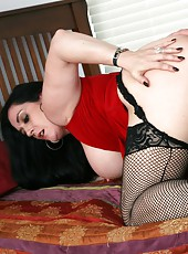 Unforgettable milf Raven is doing a spectacular blowjob and get banged