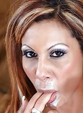 Prepossessing cougar Demi Delia getting to know her knew boyfriends cock