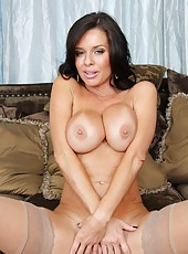 Nice whore Veronica Avluv shows her awesome body and poses in stockings