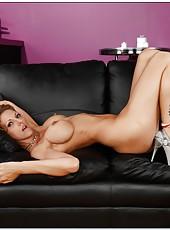 Spoiled chick Roxanne Hall spreading precious pussy and masturbating hard