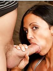 Slutty pornstar Jewels Jade enjoying her neighbor
