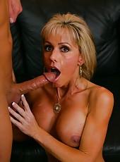Attractive milf Jordan Lynn getting wet while enjoying a big wiener