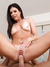 Awesome lady India Summer loves swallowing juicy cocks and sucking balls