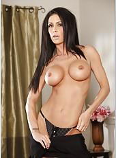 Ravishing wife Jessica Jaymes prefers posing naked and masturbating