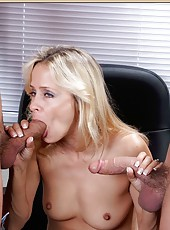 Arrogant minx Payton Leigh can handle two daggers at the same time